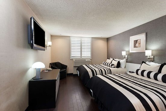 Ramada Plaza By Wyndham West Hollywood: 2 Double Bed Room