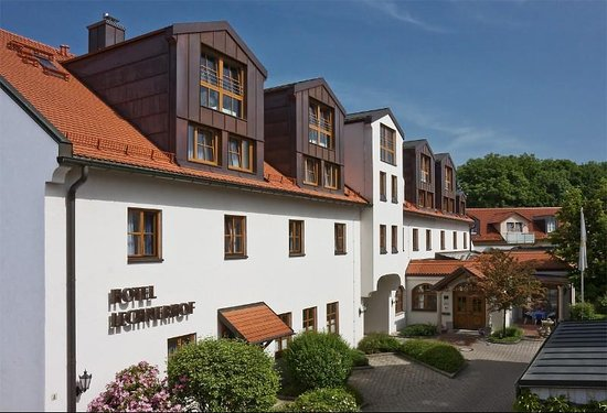 Unterfohring, Tyskland: Exterior view