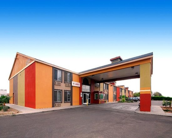 Tolleson, AZ: Exterior View