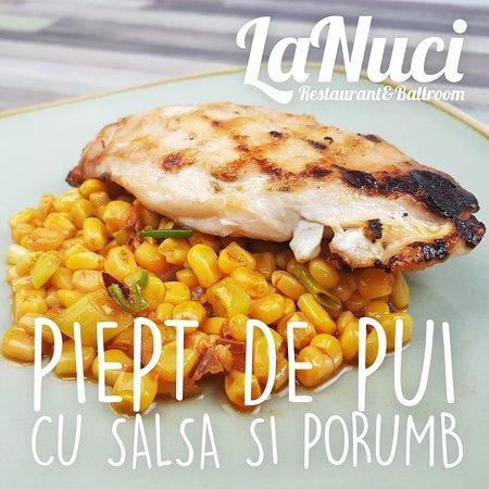 Piept de Pui cu Salsa si Porumb  LaNuci   Restaurant & Ballroom www.lanuci.ro