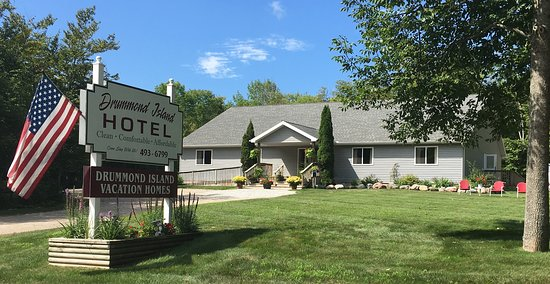 Drummond Island Hotel and Vacation Homes located at 34834 S Townline Rd, Drummond Island Mi