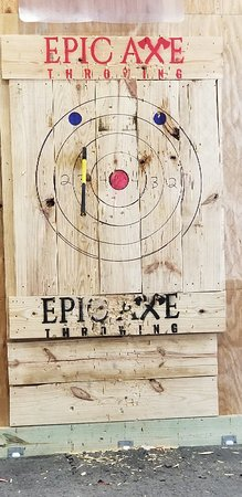 Epic Axe Throwing