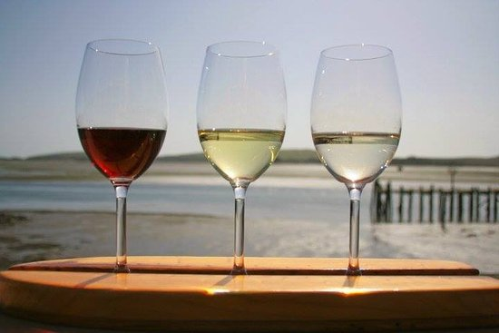 Gourmet Au Bay: Wine Surfing on the Bay!