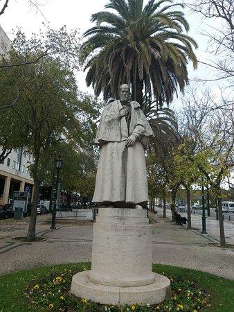Estatua Alexandre Herculano