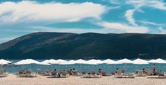 Meljine, Montenegro: Lazure Beach
