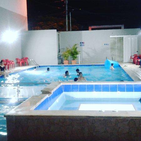 Villeta, Colômbia: piscina