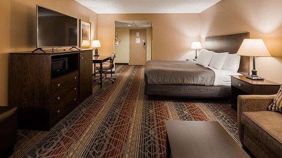 Best Western Saranac Lake: King Guest Room
