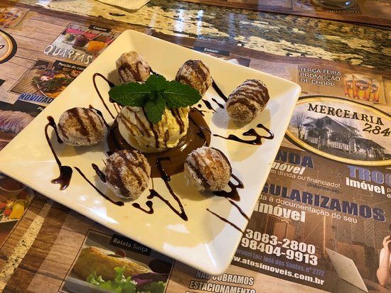 Sobremesa mini churros com sorvete