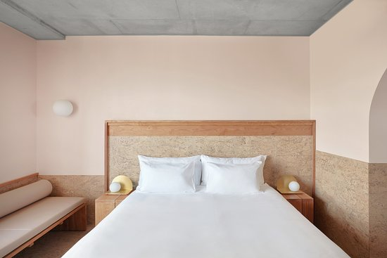 The Calile Hotel: Essential Room king