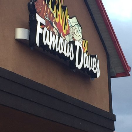 Famous Dave's Bar-B-Que: Famous Dave's