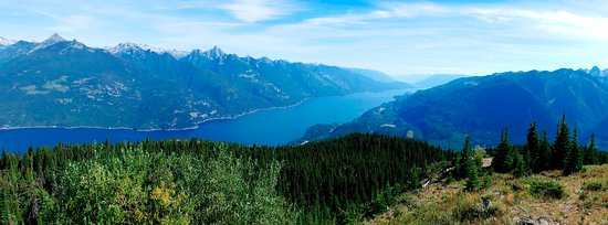 Kaslo, Canada: The view from the top of Mt Buchanan looking south
