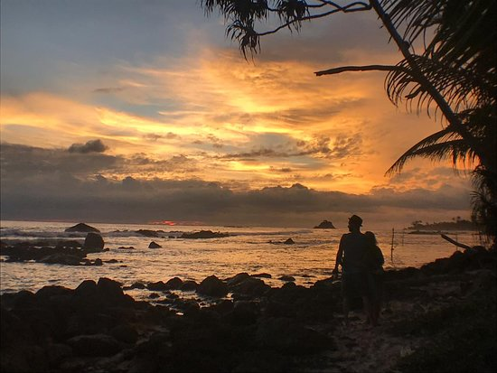 Ram's Surfing Beach Guest House: Sunset