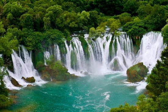 Kravice Falls, Počitelj Old Town & Blagaj Tekke Day Trip from Mostar- smallGroup: Kravice Waterfalls, Počitelj Old Town and Blagaj Tekke Day Trip from Mostar
