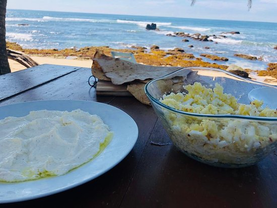 Ram's Surfing Beach Guest House: LABANESE LABNEH