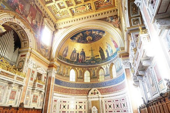Rome Walking Tour of Holy Sites ...