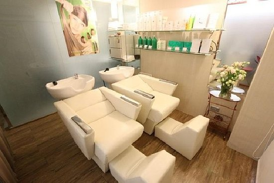 Hair Conditioning Treatment-Italy...