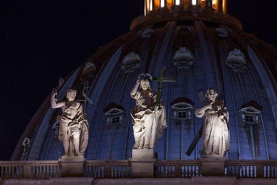 Tour privado del Vaticano por la noche