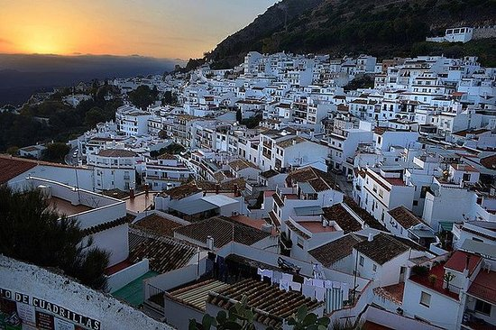 Private 4-hour Tour of Mijas from...