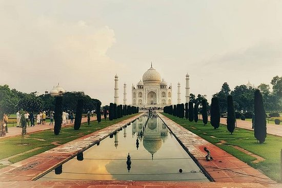 Sunrise Taj Mahal Agra City Tour privado
