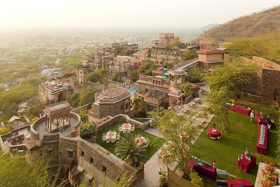 Private Day Trip To Neemrana Fort...