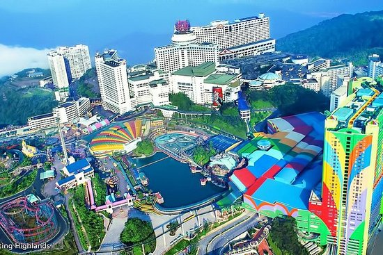 Genting Highlands En-route Batu Caves Day Tour Private Basis