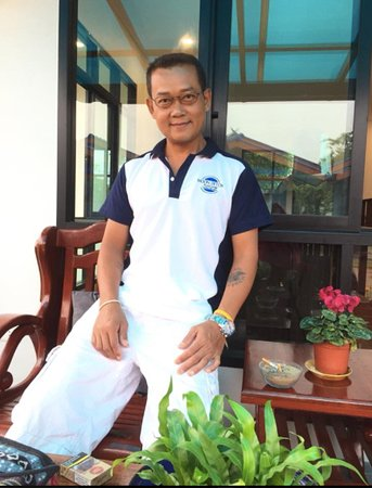 Moon Detox Thailand: Mr Moon, one of your hosts
