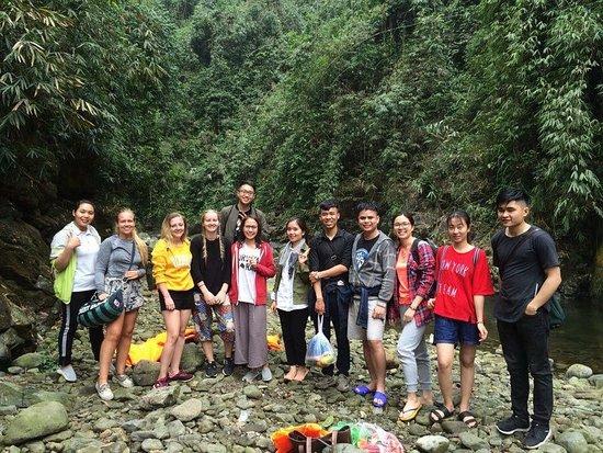 Group photo @ Cửa Tử stream