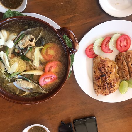 Very delicious Rakhine traditional food... Ngapali Tauk San soup is the best. Fresh sea food .....well trained staff... good service..