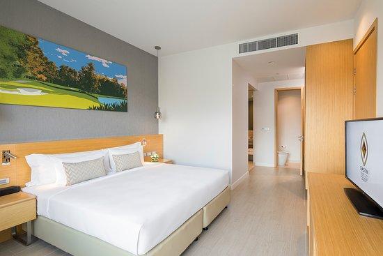 Eastin Thana City Golf Resort Bangkok: One Bedroom Suite