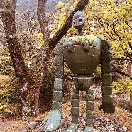The Laputan Robot
