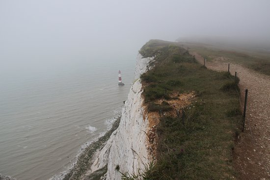 Birling Gap and the Seven Sisters: Истборн, меловые скалы