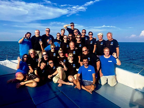 Team photo at the end of an amazing 7 Day Private Charter