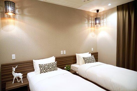 Hotel 88 Shinsaibashi: Standard Twin Room (Annex)