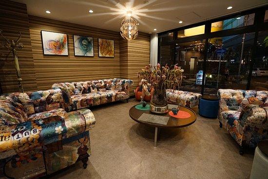 Hotel 88 Shinsaibashi: Lobby sofa (Annex)