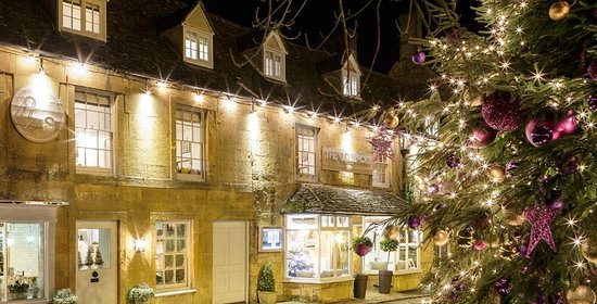 Stow on the Wold at Christmas