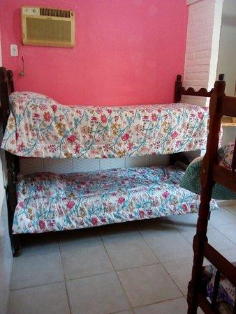 Бузиос: habitaciónpara 4 huspedes muy luminosa, con aire acondicionado