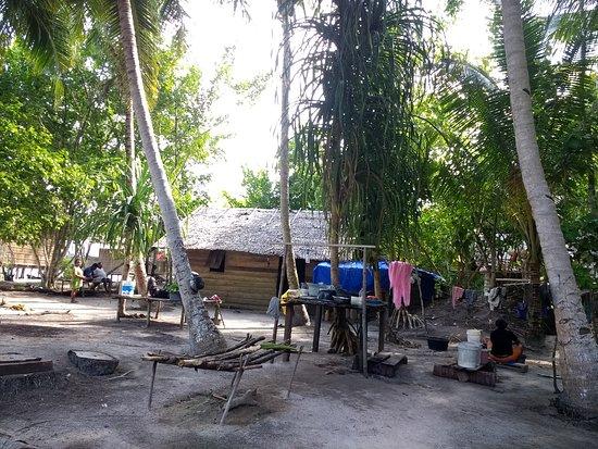 Raja Ampat Islands: Coin cuisine , vaisselle, lessive ....