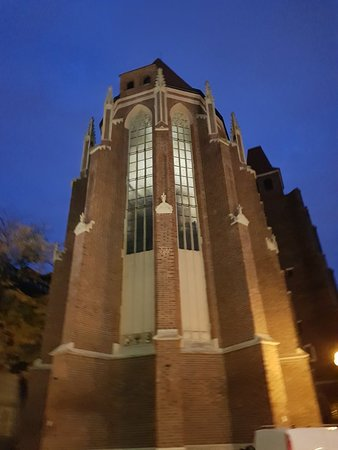 Church of St. Dorothea: Beautiful at night