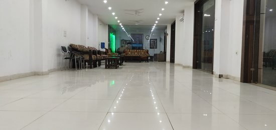 Om Hotel: Party hall