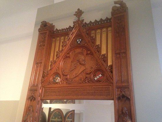 Cuypershuis: Detail van een door Cuypers ontworpen spiegel