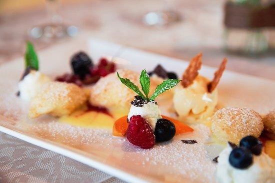Unsere Desserts, immer mit viel Liebe angerichtet.