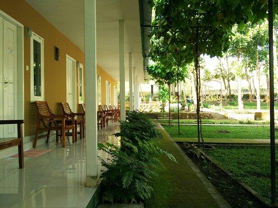 Rinjani Garden: The porch