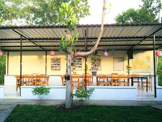 Rinjani Garden: Morning ligth greet our dining