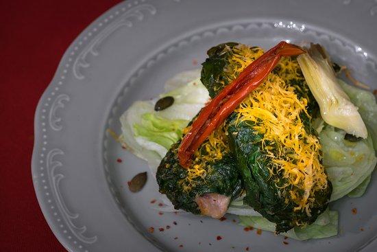 Caveau Enoteca Gastronomica: Bietola al forno con salsiccia e stracchino