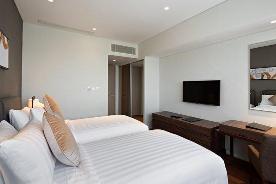 Oakwood Hotel & Residence Surabaya: Two Bedroom Apartment - Second Bedroom