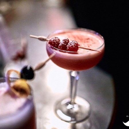 """Moskvich: Cocktail """"Clover Club"""""""