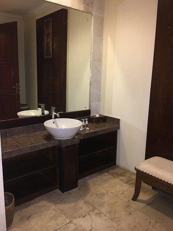 The Mansion Bali: lavabos