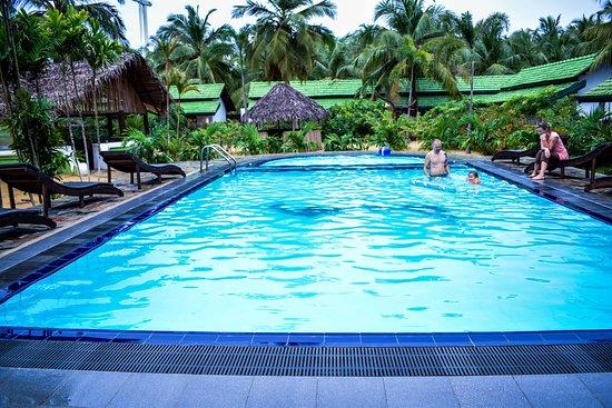 Ocean Wind Beach Resort 3 Шри Ланка