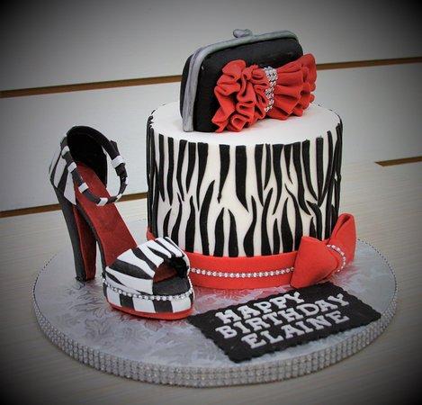 !00% edible shoe, custom cake, and purse