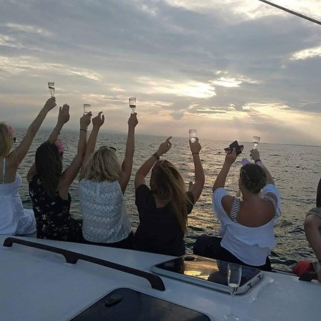 Bachelor party in Thessaloniki gulf